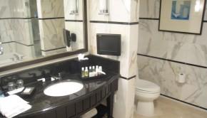 мрамор в банята